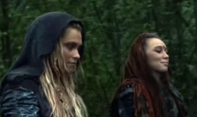lesbian ship edits to warm your gay heart