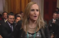 Melissa Etheridge Sings 'Hold On I'm Coming' on EtheridgeTV