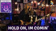 Melissa Etheridge Sings 'Hold On I'm Coming' on EtheridgeTV